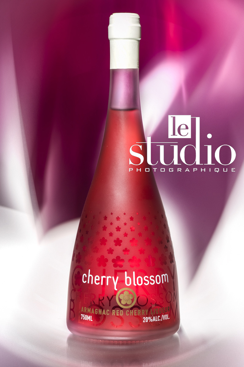CK-Mariot-Photography-Beautyshot-armagnac-cherry blossom-01